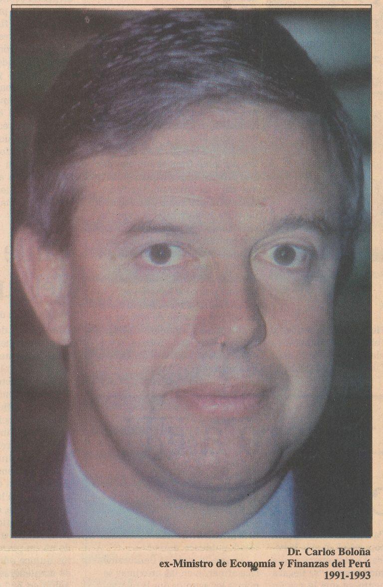 Carlos Boloña Behr, Ministro de Economía y Finanzas de Perú (1991-1993), fue el principal arquitecto de las reformas estructurales ejecutadas en Perú durante el gobierno del Presidente Alberto Fujimori, específicamente la privatización de las empresas estatales, la apertura comercial, la reforma de pensiones basadas en la capitalización individual, y la liberalización financiera. Boloña obtuvo su Ph.D. en economía en la Universidad de Oxford. Carlos Boloña y Andrés Dauhajre hijo se conocieron en 1985 en la Conferencia Internacional sobre El FMI, el Banco Mundial y la Crisis Latinoamericana, organizada por el SELA, donde los economistas presentaron el caso de las relaciones de Perú y República Dominicana, respectivamente, en el marco de los programas de ajuste y estabilización con el FMI.